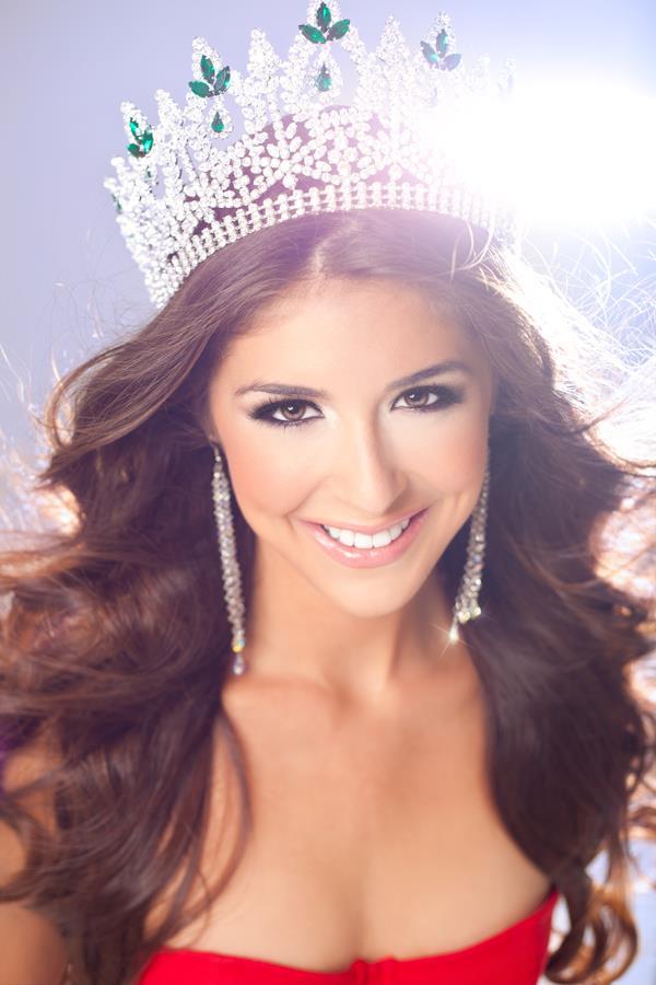2nd Place  Amanda Renee Delgado  Miss International 2012 Amanda Delgado